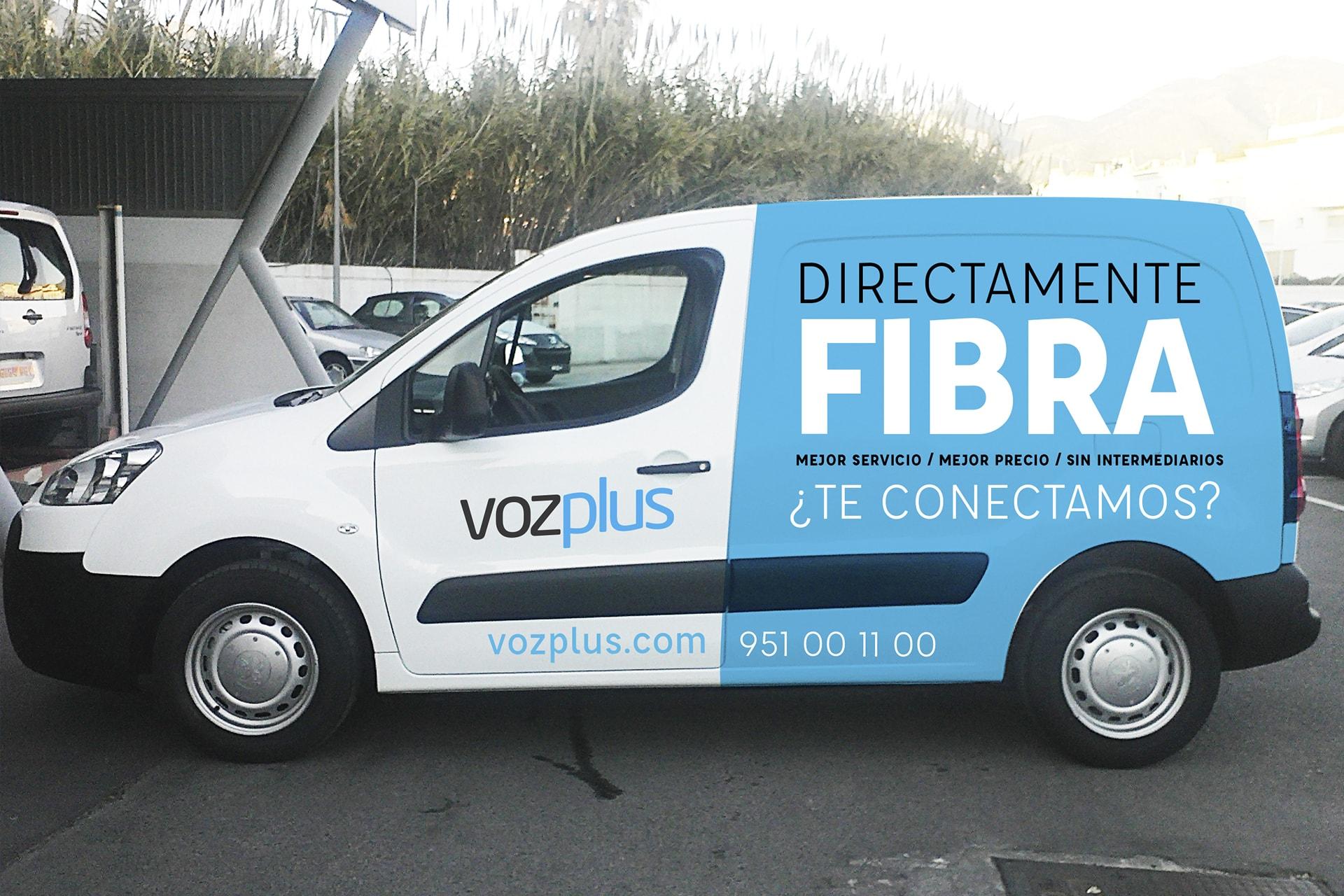 rotulacion de vehículo para Vozplus por Anpublicidad