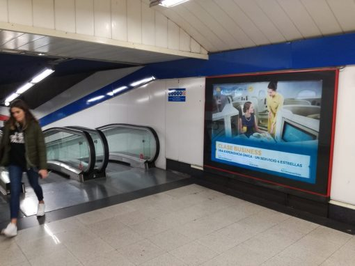 Publicidad en metro Vietnam Airlines