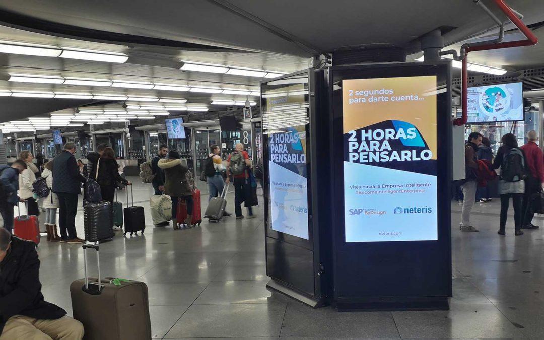Publicidad en estaciones tren Neteris